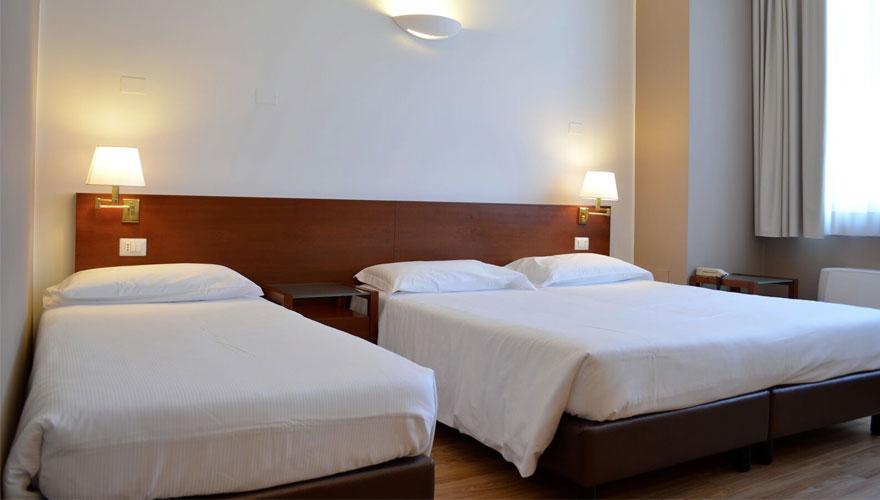 Camera Tripla Matrimoniale Standard - Hotel Oro Blu Milano